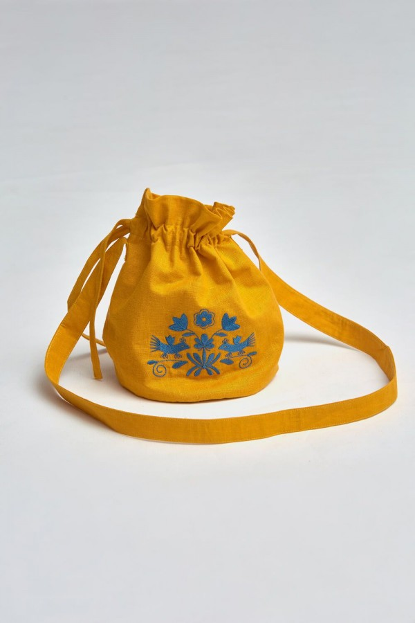 Вишита сумка овальна Goldenrod