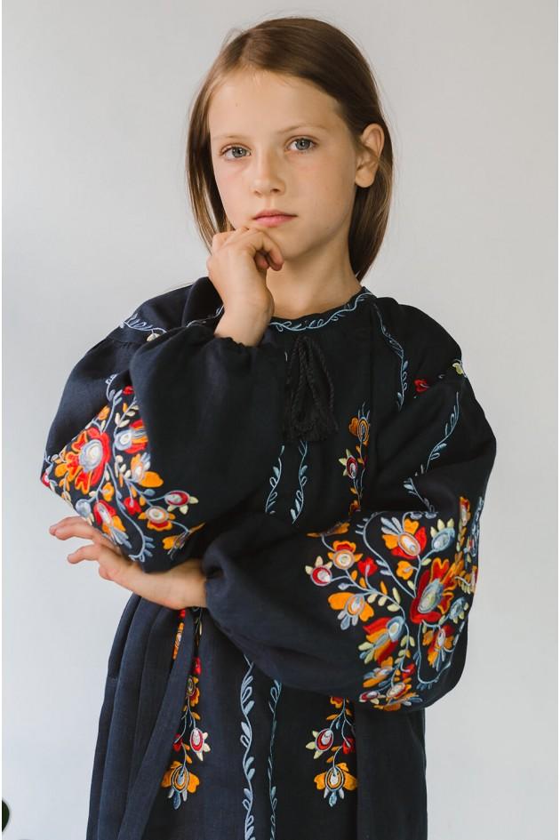 Вишита сукня для дівчинки Gray