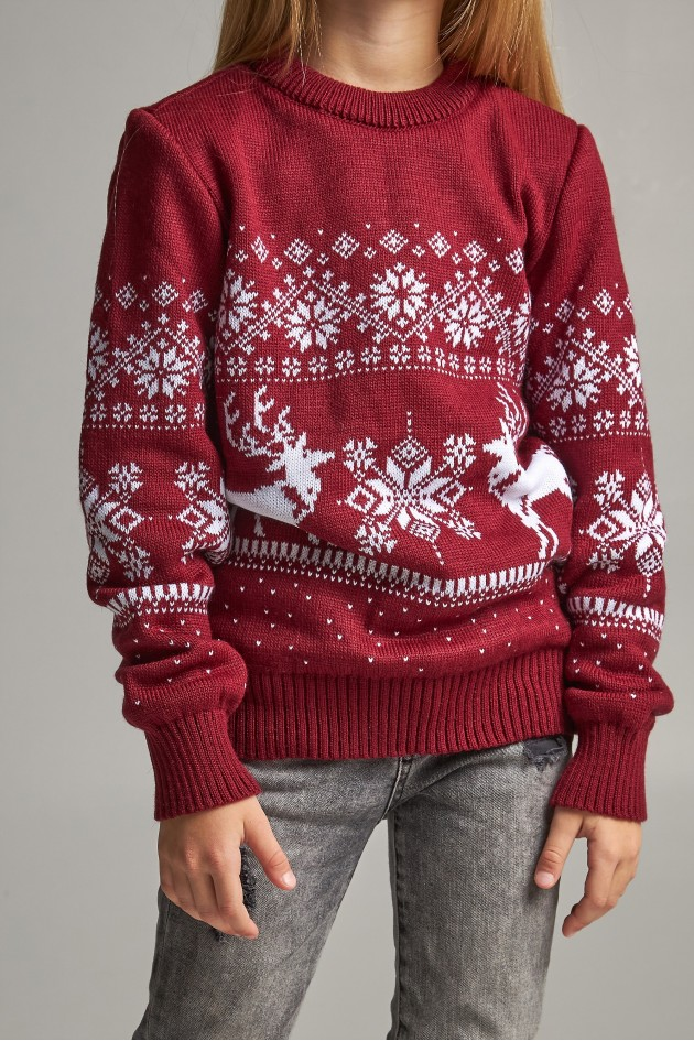В'язаний светр для дівчинки Сніжинки з оленями бордовий