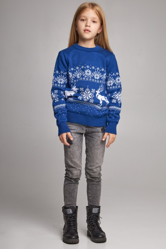 Новорічні в'язані дитячі светри для двох Сніжинки з оленями сині