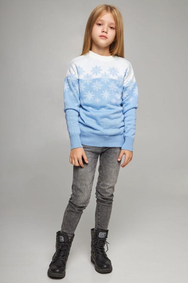 В'язаний светр для дівчинки Сніжинки блакитний