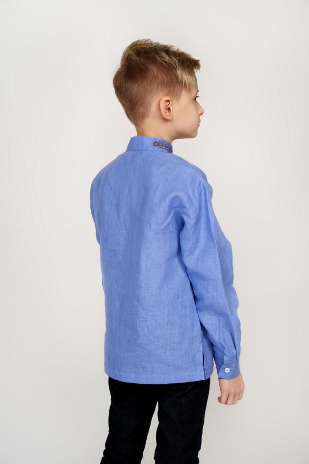 Дитяча вишиванка для хлопчика блакитна з китицями
