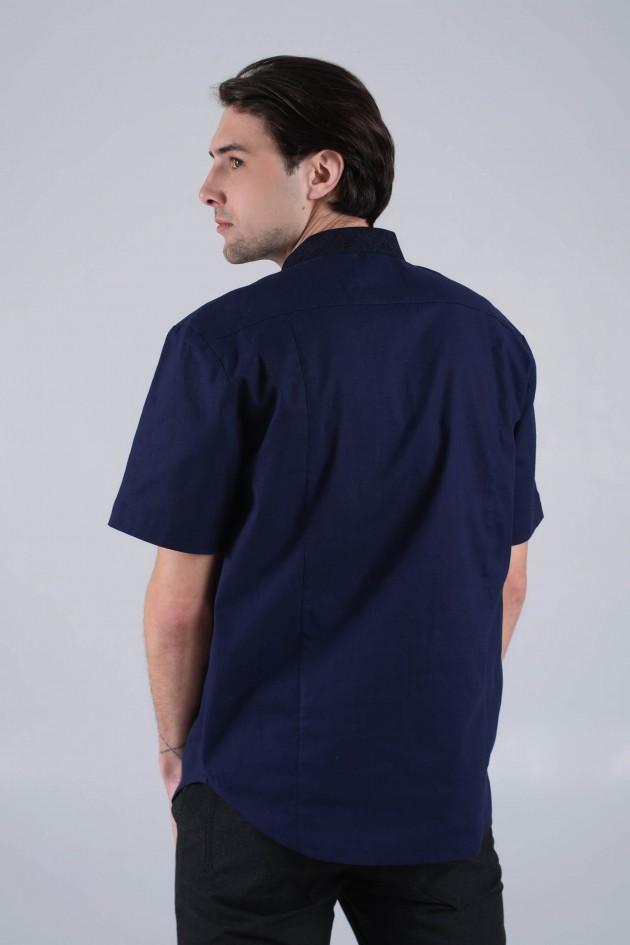 Чоловіча синя вишиванка з коротким рукавом