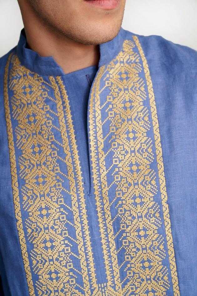 Чоловіча вишита сорочка блакитна