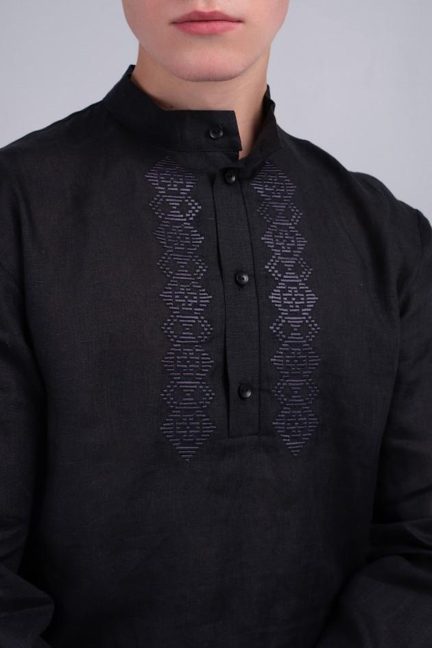 Чоловіча вишита сорочка чорна