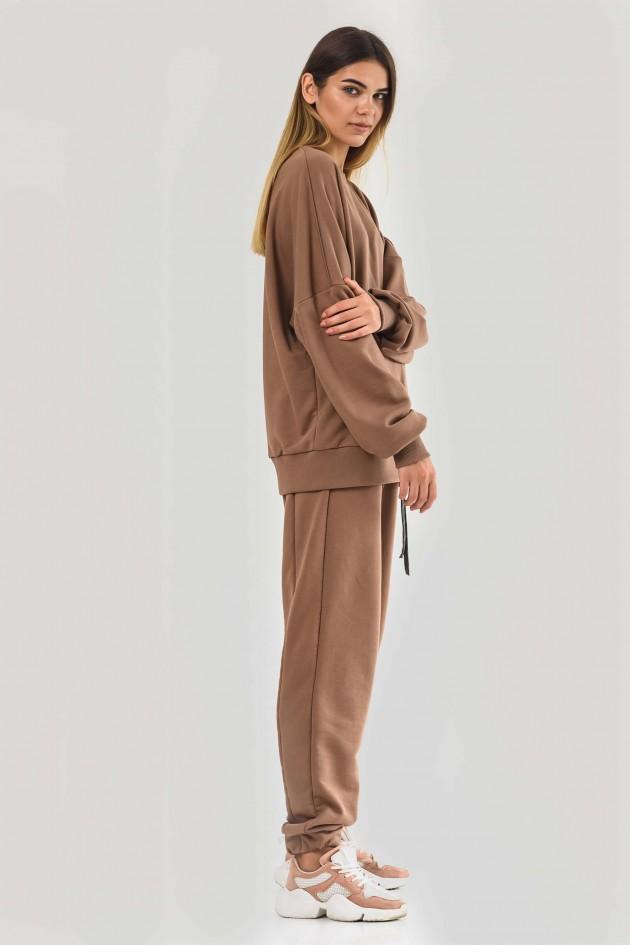 Жіночий костюм оверсайз бежевий