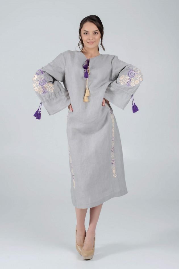 Жіноча вишита сукня сіра