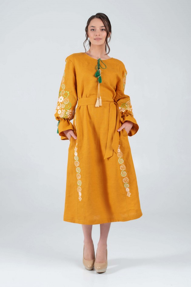 Жіноча вишита сукня жовта