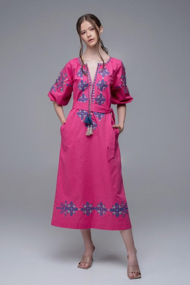 Жіноча вишита сукня Pink