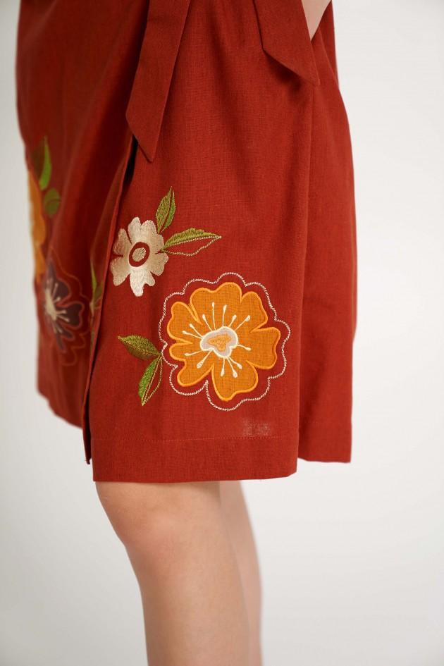 Жіноча сукня на запах з аплікацією теракотова